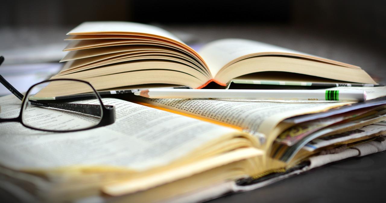 現代文の語彙力を身につける方法『参考書を使って勉強する』