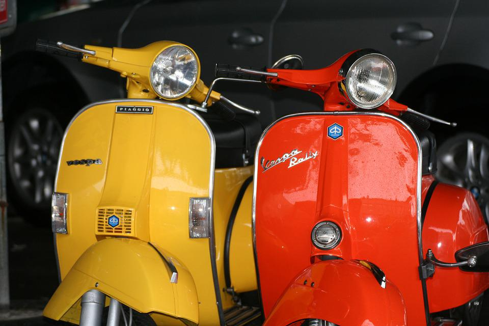Motor Scooter, Piaggio, Roller, Tricycle, Oldtimer, Old