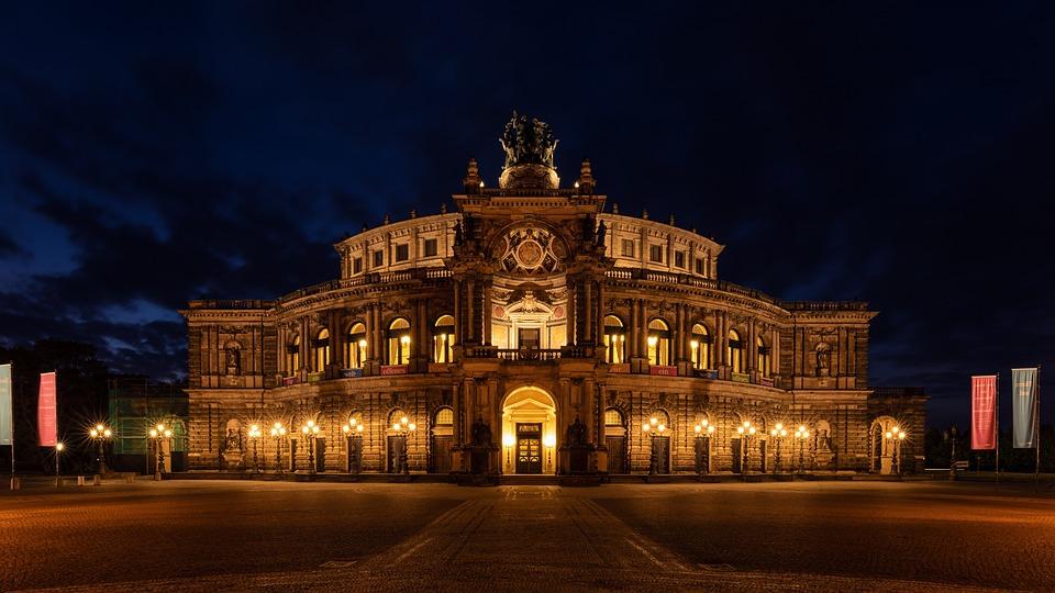Führungen und Guides für Dresden