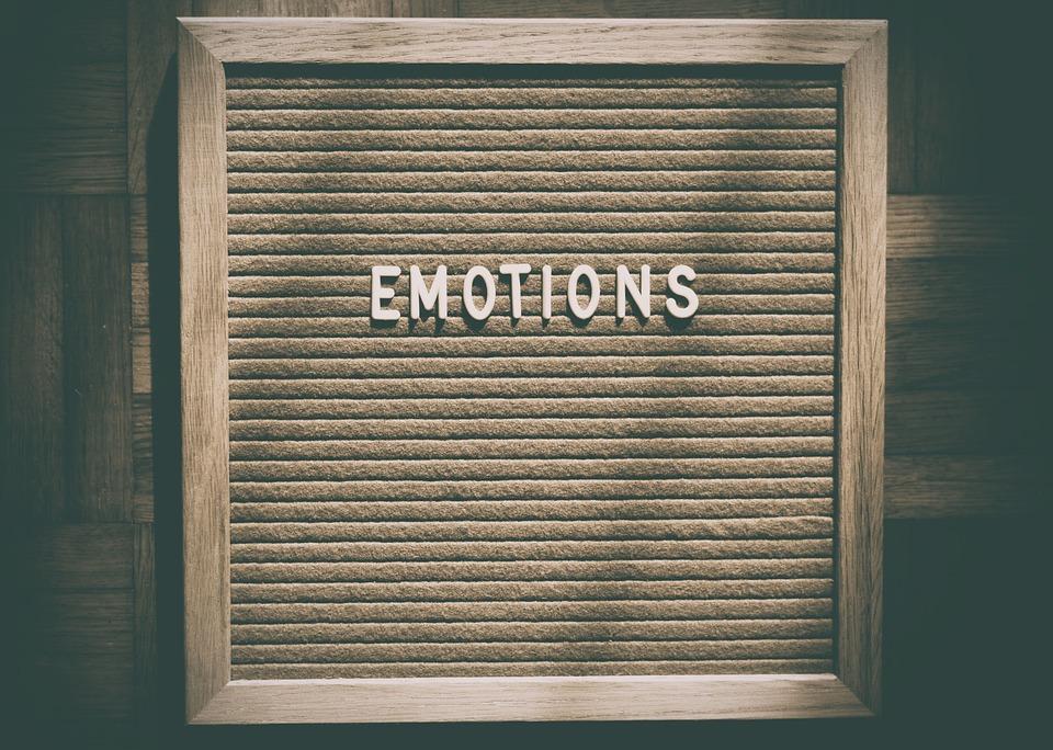 žaljenje i prigovaranje