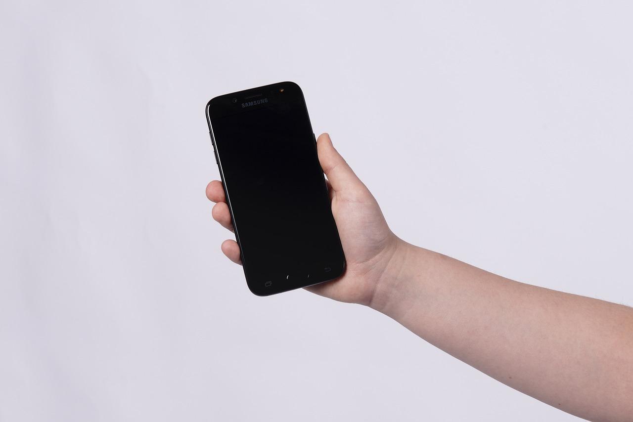 celular desligando sozinho capa