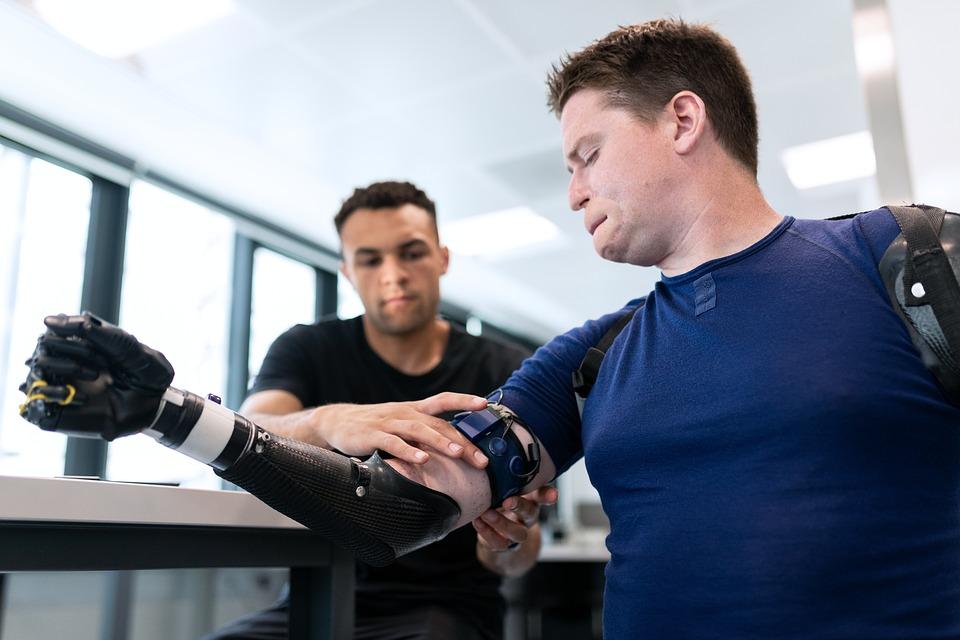 Exemple d'ingénierie de prothèse © RAEng Publications/Pixabay