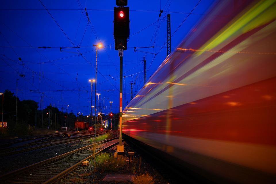 Station, Solingen, Centraal Station, Hbf, Trein, Sporen