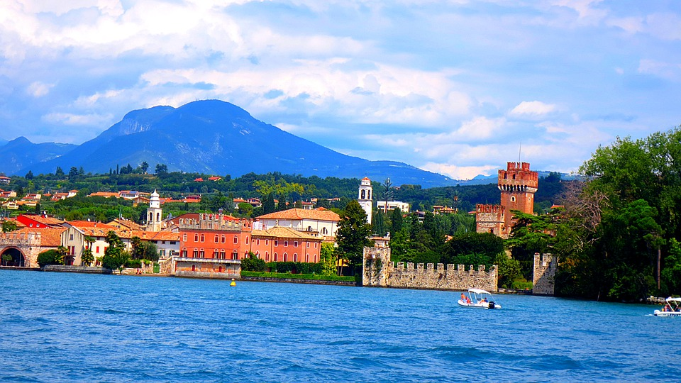 Lazise, Garda, Lake, Water, Colorful, Italy, Vacations