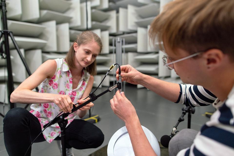 エンジニア リング, 騒音-振動エンジニア, 残響の, 無響室, テスト, 研究, 技術, 科学, 研究室