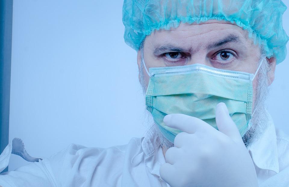 Сколько денег зарабатывает дерматолог: обзор уровня дохода в России и в мире