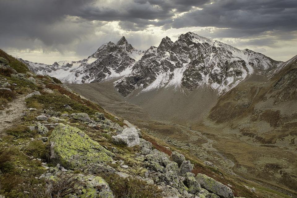 Mountains – Pixabay – Pdimaria