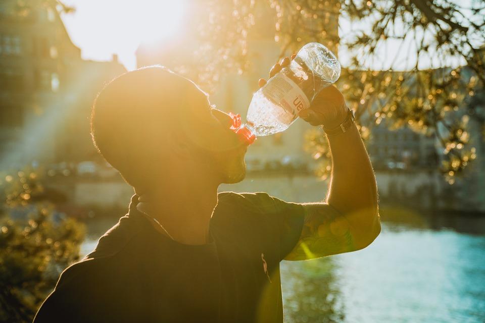 飲み物、液体、水筒、若い男、フィットネス、水