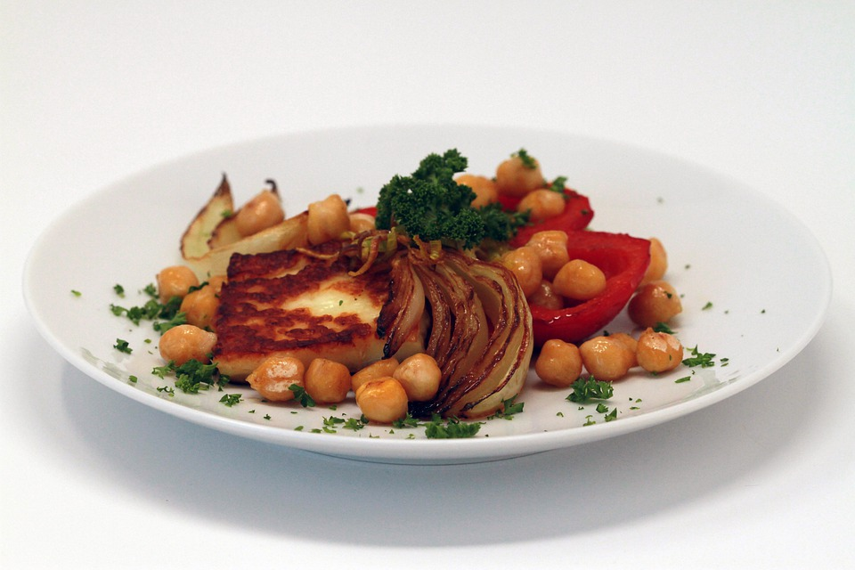 Chickpeas, Onion, Paprika, Halloumi, Vegetarian