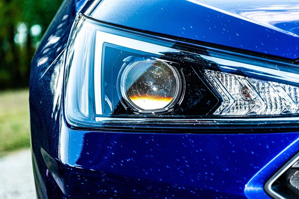 車ヘッドライト, 現代, レンタカー