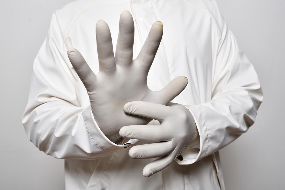 Кто такой врач проктолог, что он лечит и в каких случаях нужно к нему обращаться