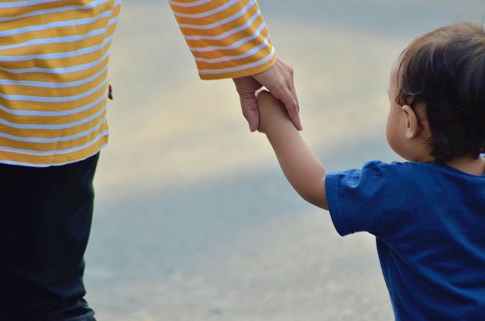 子, 母, 手, 家族, 赤ちゃん, お母さん, 妊娠中, 女性, 愛, 妊娠, 女の子, 親, 娘, 人