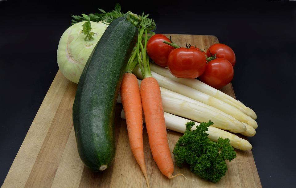Zelenina, Cuketa, Rajčata, Mrkev, Kedlubny, Chřest
