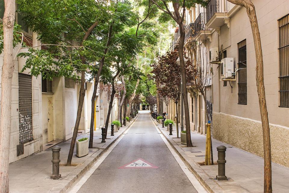 Calle, Vista A La Calle, Barcelona, España, De Viaje