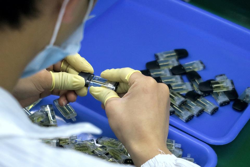 Industria, Artesanía, Trabajo, Cigarrillo Electrónico