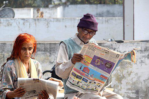 老夫婦, 読書, 新聞, 本の虫, 祖父母, 年金受給者, 読み取り, 古い