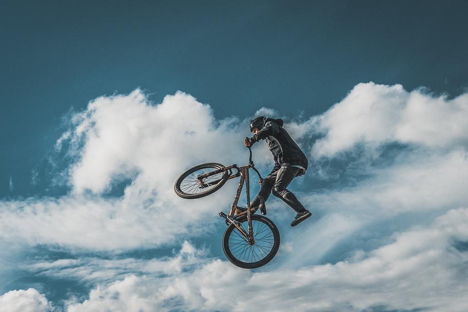 運動選手, 自転車, スポーツ, サイクリング, 男性, フィットネス, シルエット, 速度, トリック