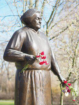 Internationaler Tag der Frauen - Clara Zetkin