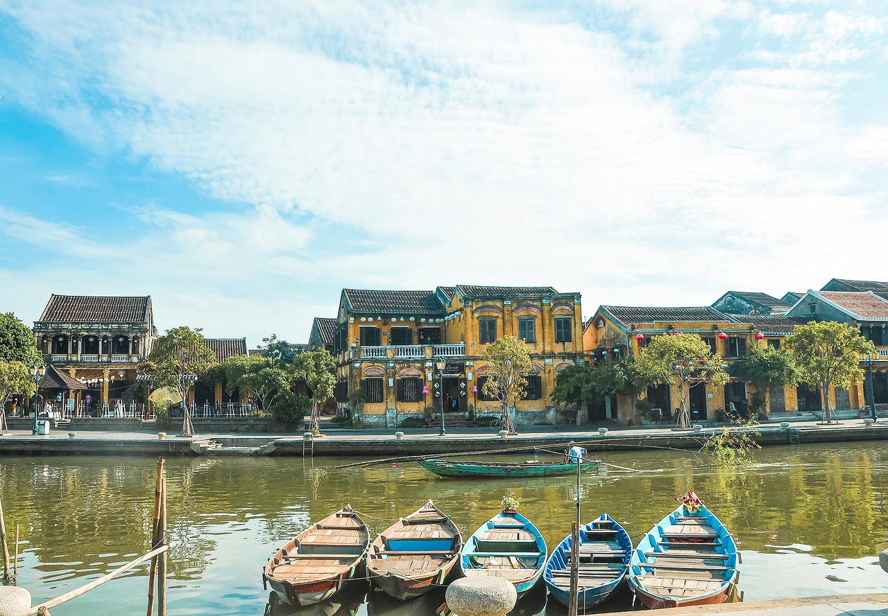 central-vietnam-package-tour-from-indonesia