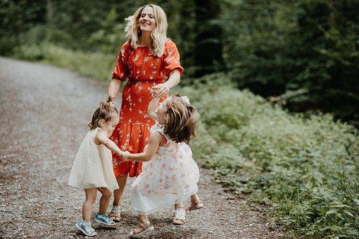 Mama, Les Enfants, Danse, Amusement