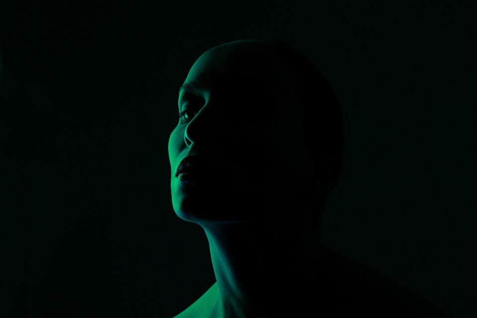 緑, 顔, 光, 肖像画, 女性, 人, モデル, 皮膚, スキンケア, 暗い, シャドウ, 影, 魅力的です