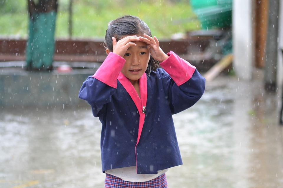 Сладък, Малко, Момиче, Дете, Детството, Защита, Дъжд
