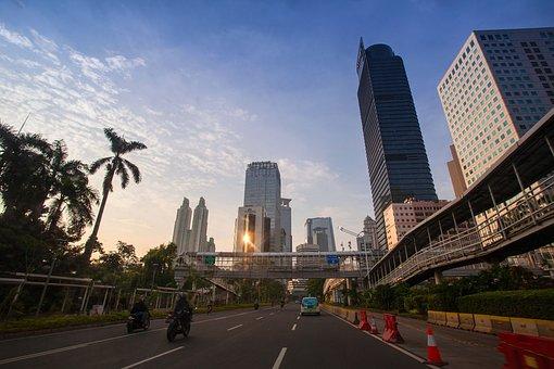 DKI Jakarta merupakan kota terbesar di Indonesia dan merupakan ibu kota negara