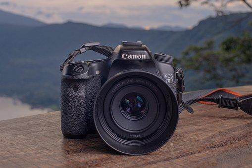 有传言称佳能EOS M无反光镜相机可能在2021年底淘汰