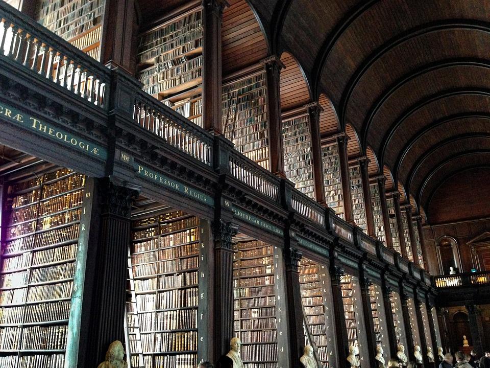 Trinity College Library, Dublin, Biblioteka
