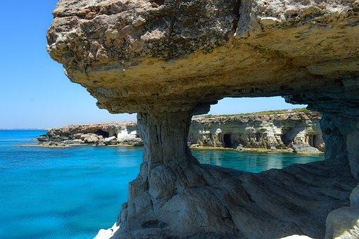 Cavo Greko, Siprus, Gua Laut, Alam