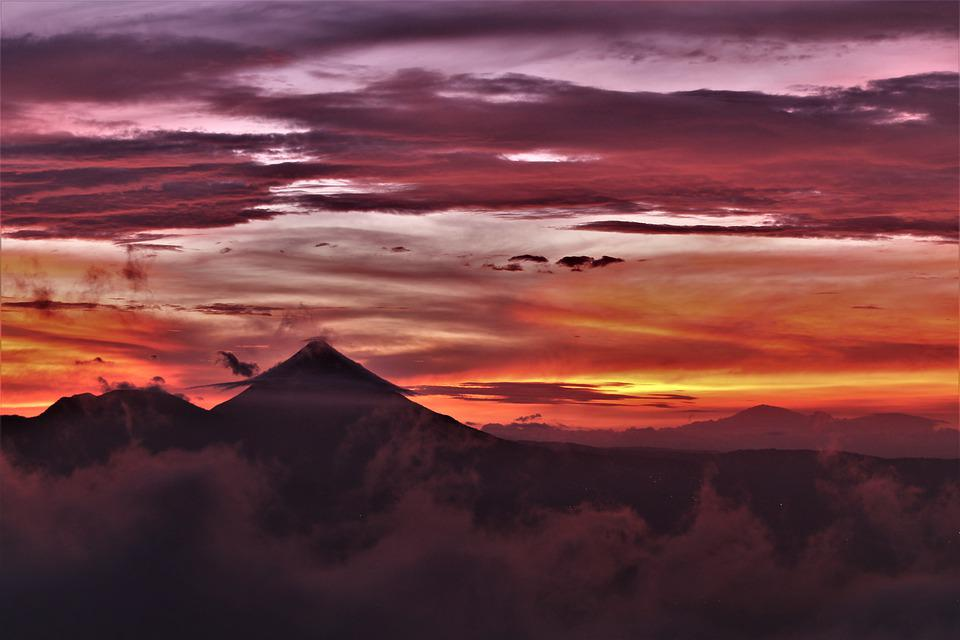 Volcan, Nuages, Coucher De Soleil, Volcan Arenal