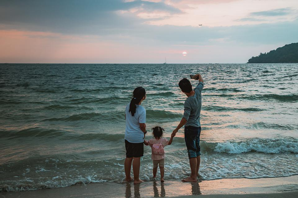 Selfie, Beach, Family, Child, Mother, Father, Vacations