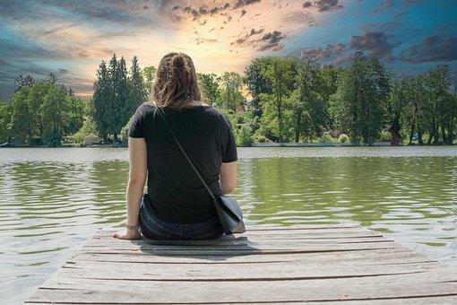 女の子, 湖, ウェブ, 木, 携帯電話, 座って, 水, 自然