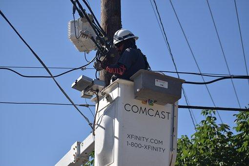 Reparador de cabos, TV a cabo, Comcast