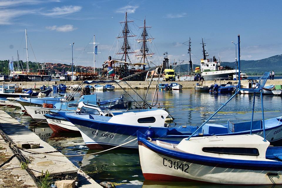 Port - Pêche - Bateaux - SchoolMouv - Géographie - CM1