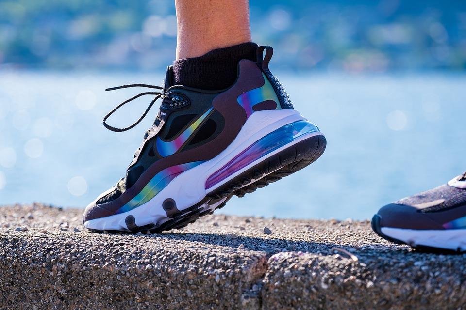 Los Zapatos, Zapato Del Deporte, Colorido, Para Usted
