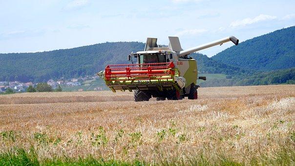 На Кубани упростят перемещение комбайнов и агротехники