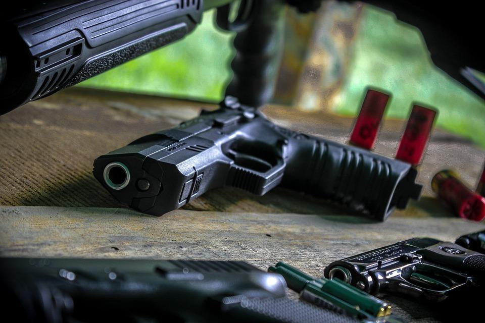 行頭文字, 武器, カートリッジ, トレーニング, 弾丸, 銃, 暴力, 撮影, デュエル, 弾薬, 撮影範囲