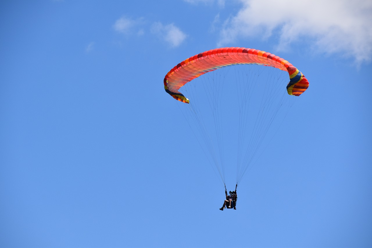 Paragliding in Munnar