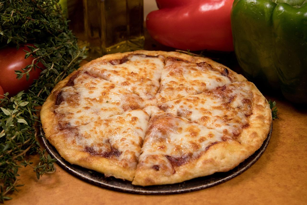 ピザ 安っぽいピザ 食品 - Pixabayの無料写真
