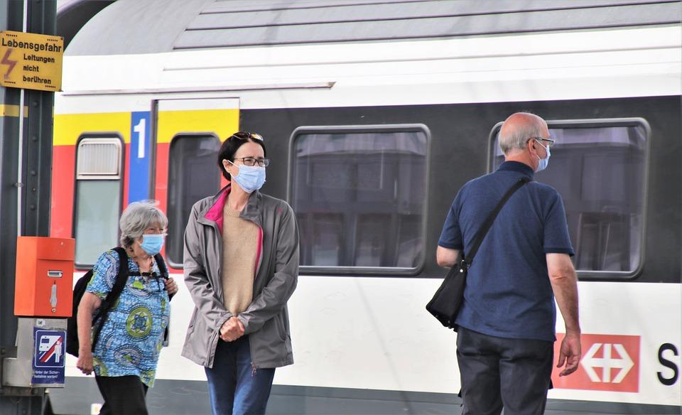 Estação Ferroviária, Trem, Covid-19, Passageiro