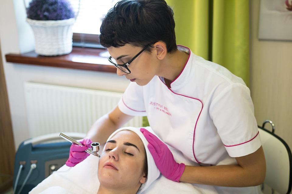 Facial Treatment, Beautician, Hairdresser, Beauty Salon