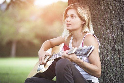 Gitarre, Gitarrist, Mädchen, Musiker