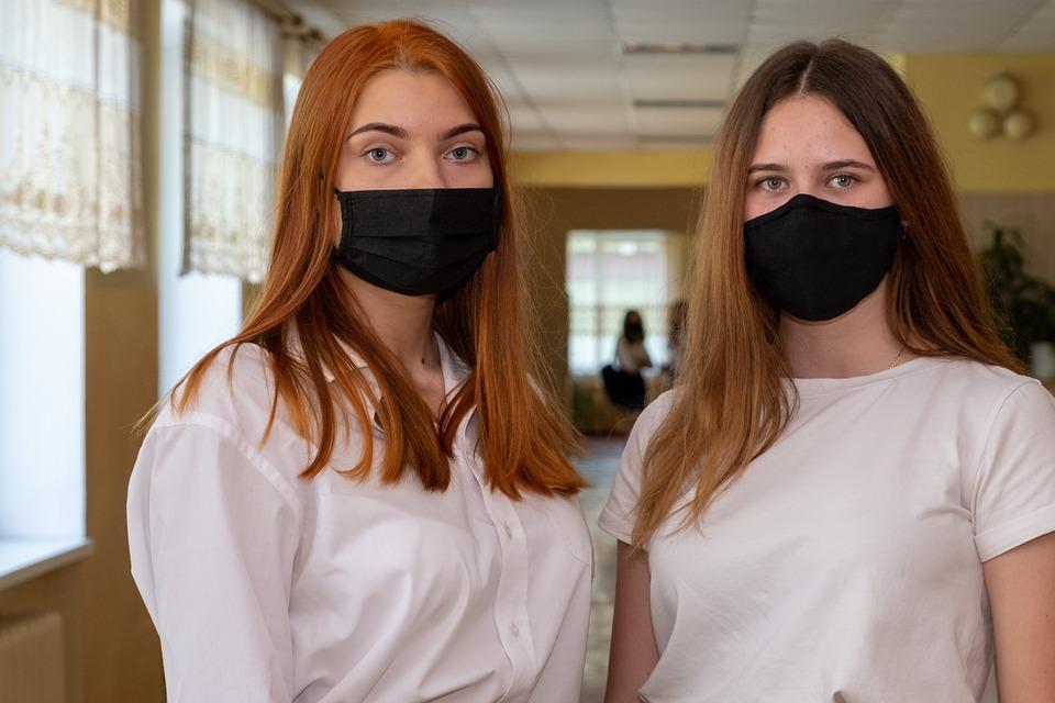 Чем отличается фельдшер от медсестры