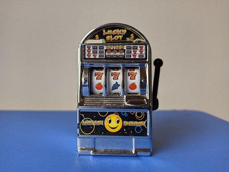 amateur slots player