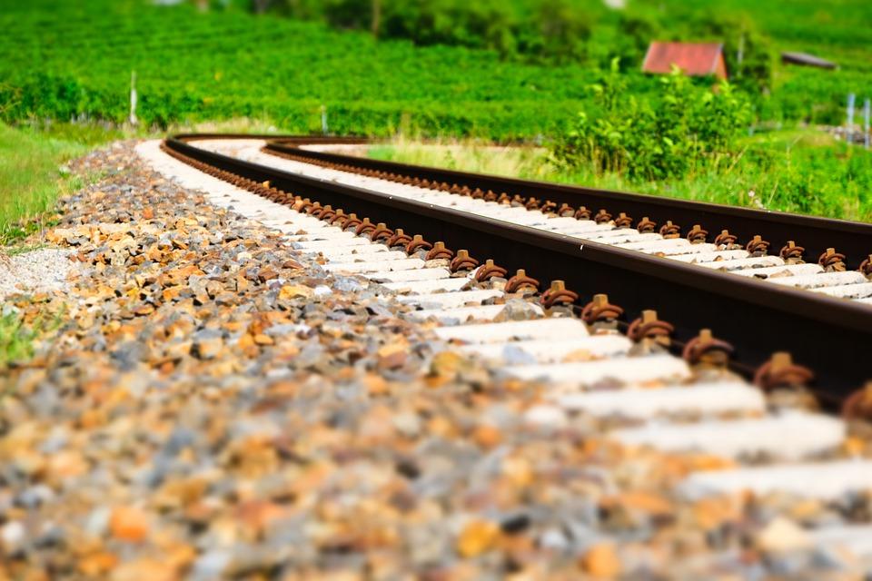 Железнодорожный переезд в Толочинском районе на четыре дня закроют для движения автотранспорта