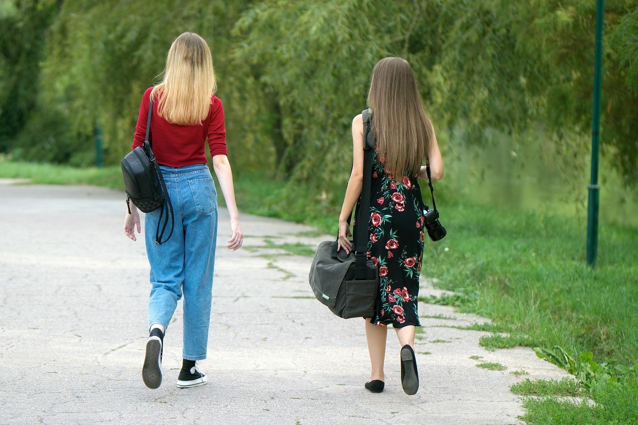 Girls Young Women - Free photo on Pixabay