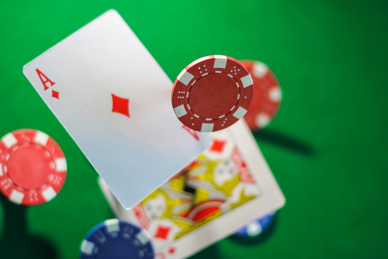 casinokaarten en fiches