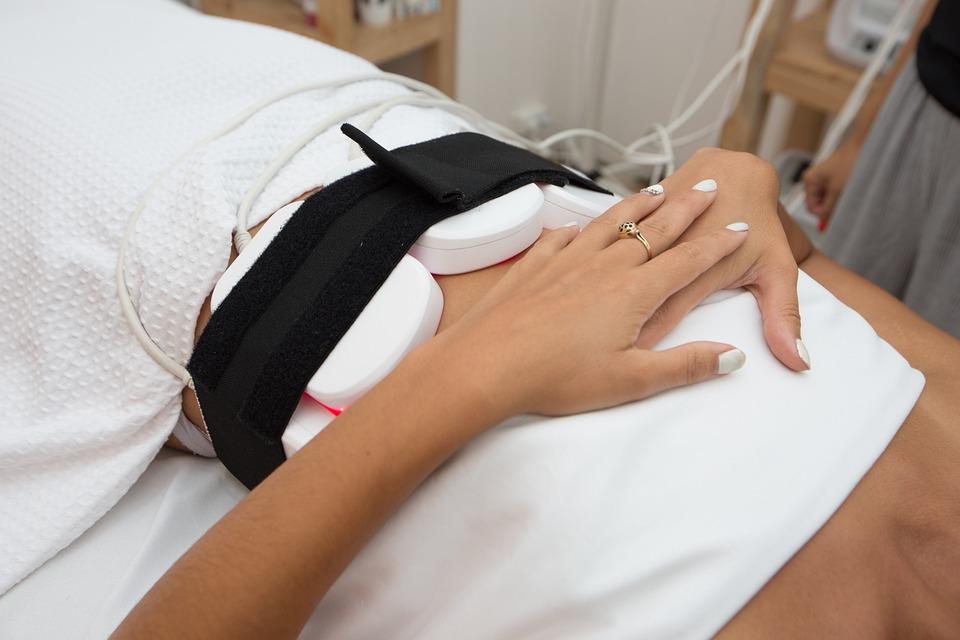 Кто такой физиотерапевт, чем он занимается, что лечит и какие методы лечения использует