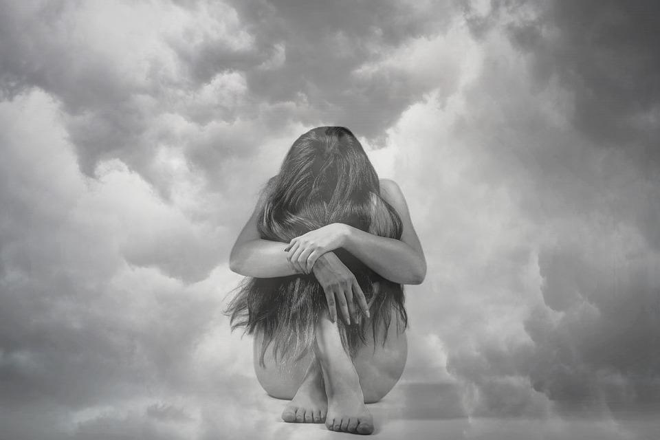 Femme, Nuages, La Dépression, Stress, Anxiété, Déprimé